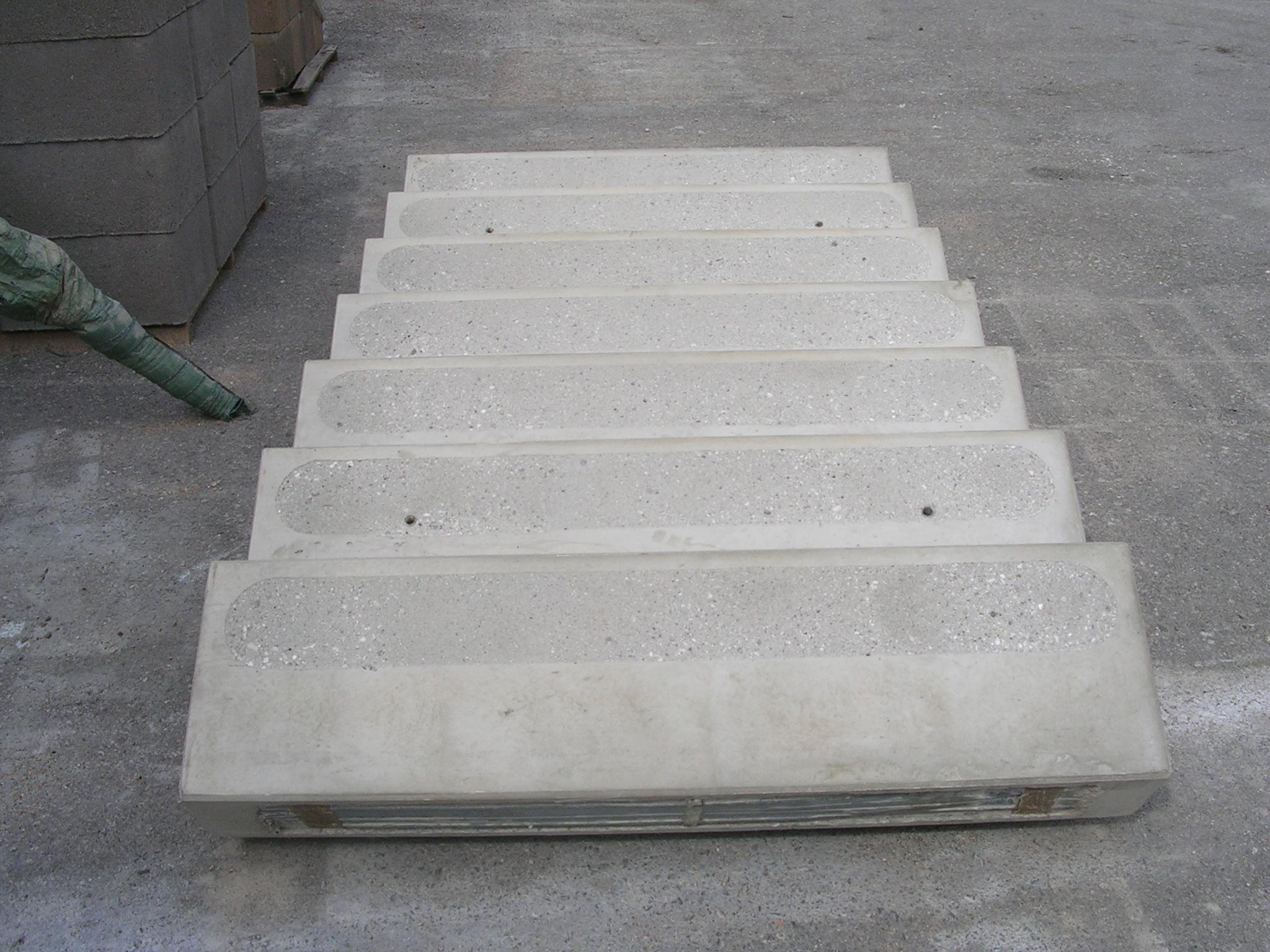 Scale Prefabbricate Per Esterni Sardegna scale prefabbricate in calcestruzzo - tamburini prefabbricati